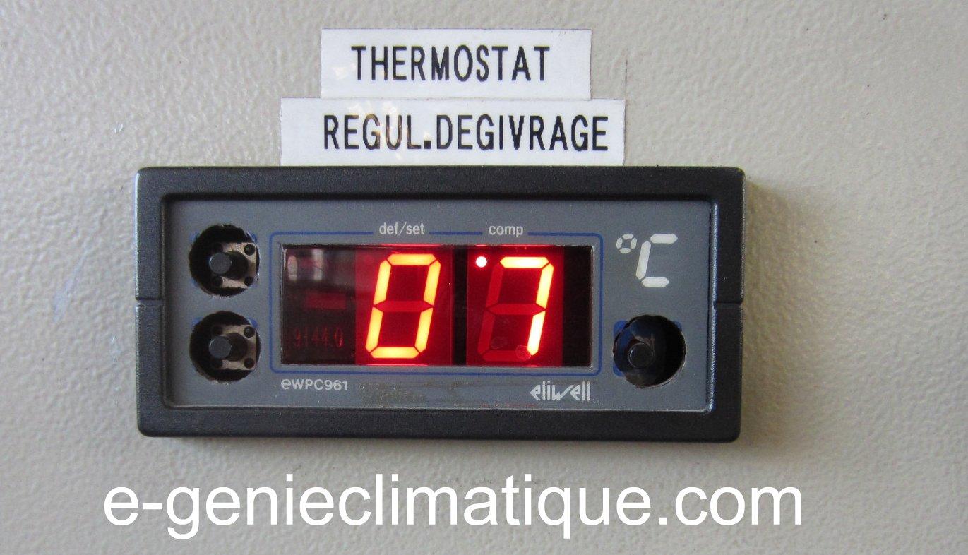 Froid04 raccorder et enlever le manifold sur une machine for Temperature chambre froide